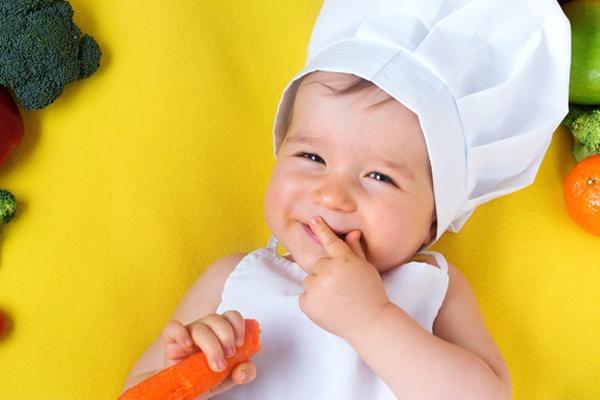 BLW - czego nie mogą lub nie powinny jeść niemowlęta i małe dzieci