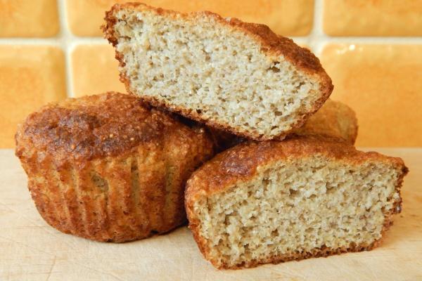 Muffinki gruszkowe z amarantusem, bezglutenowe