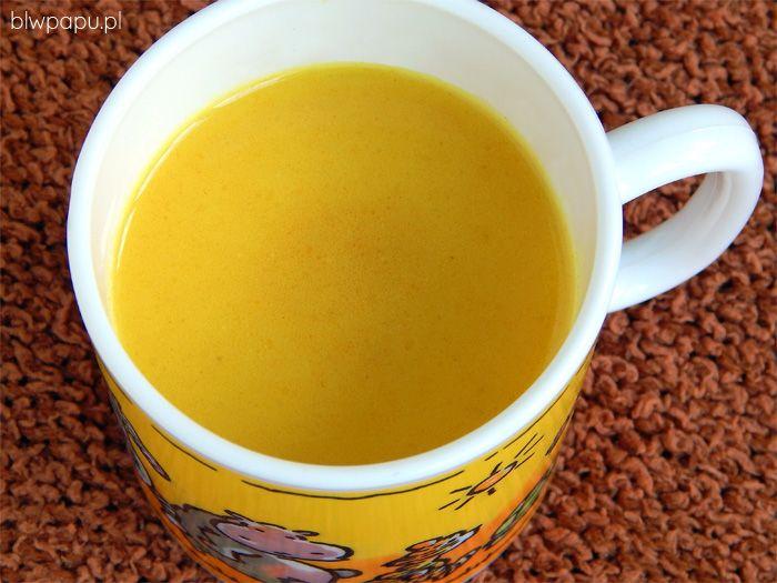 Złote mleko z kurkumą na odporność